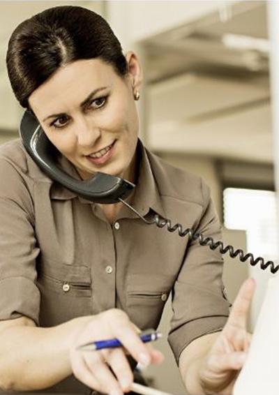 Kunde-Mieter-am-Telefon-So-wird-er-effizient-und-komfortabel-beraten-CTI-Computer-Telefonie-Integration-ist-die-Lösung